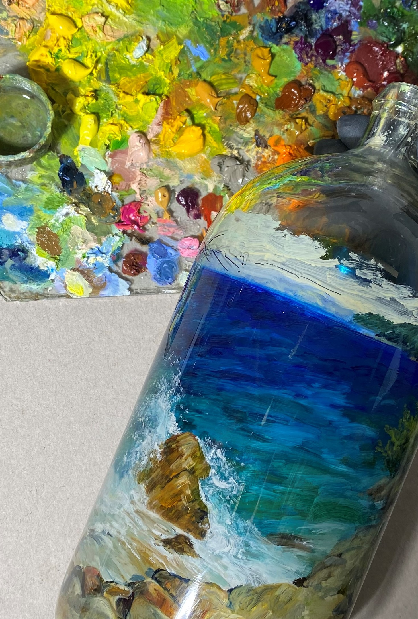 You are currently viewing Do we paint in a bottle?